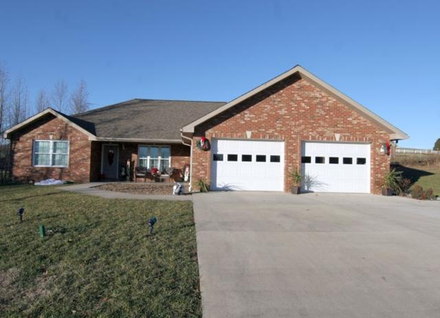 1477 Hemlock Drive, Jasper, IN 47546 (MLS #201854281) :: The Dauby Team