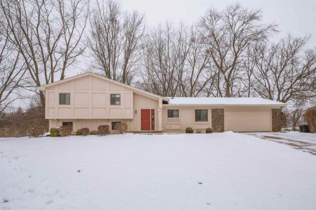 1501 Stanmore Court, South Bend, IN 46614 (MLS #201902169) :: Parker Team