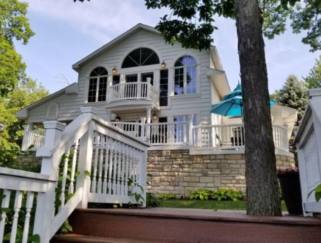 4954 E Bay Front Court, Monticello, IN 47960 (MLS #201902912) :: The Romanski Group - Keller Williams Realty