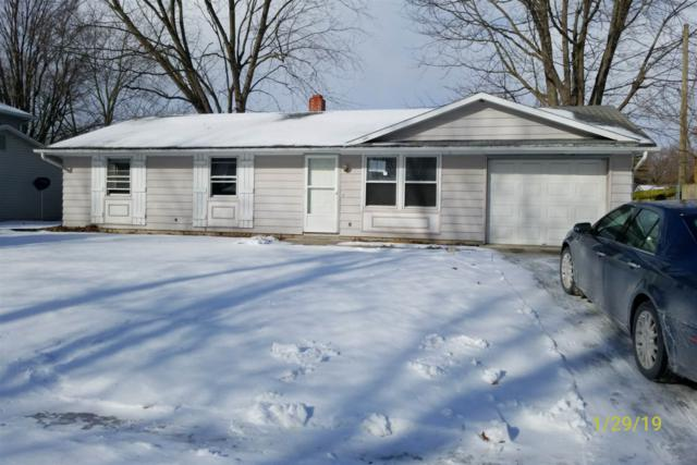 7401 Placer Run, Fort Wayne, IN 46815 (MLS #201904406) :: The ORR Home Selling Team