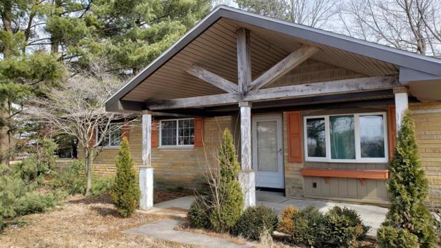 5790 S County Raod 600 W Road, Yorktown, IN 47396 (MLS #201907074) :: The ORR Home Selling Team