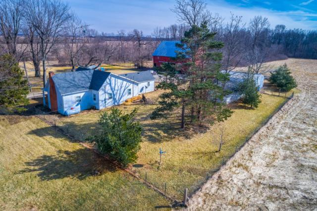 3197 E 300 N, Winchester, IN 47394 (MLS #201907232) :: The ORR Home Selling Team