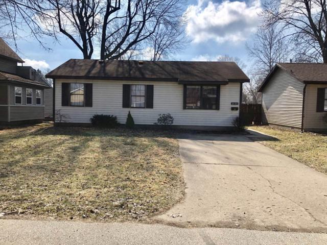 2135 Hall Street, Lafayette, IN 47904 (MLS #201909298) :: The Romanski Group - Keller Williams Realty