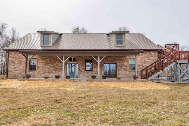 8768 E Willow Road, Bloomfield, IN 47424 (MLS #201909433) :: Parker Team