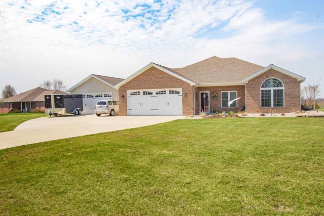18832 N Quail Drive, Dale, IN 47523 (MLS #201912008) :: The ORR Home Selling Team
