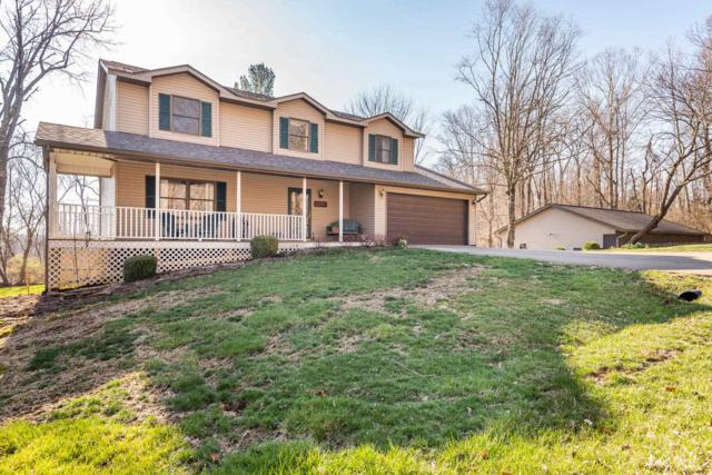 5921 S Foxwood Lane, Bloomington, IN 47401 (MLS #201912089) :: Parker Team