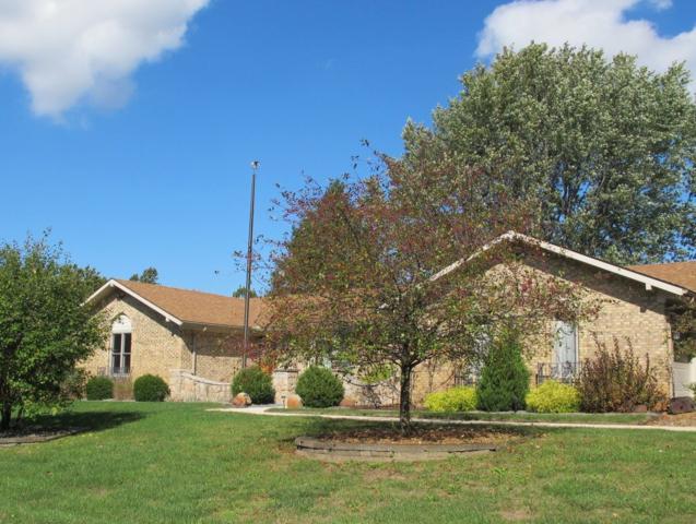 4008 Deanna Drive, Kokomo, IN 46902 (MLS #201912845) :: The ORR Home Selling Team