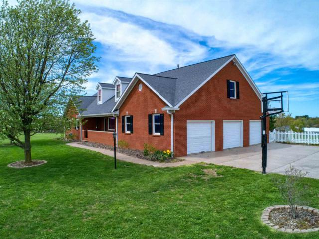 6422 Vann Road, Newburgh, IN 47630 (MLS #201913686) :: Parker Team