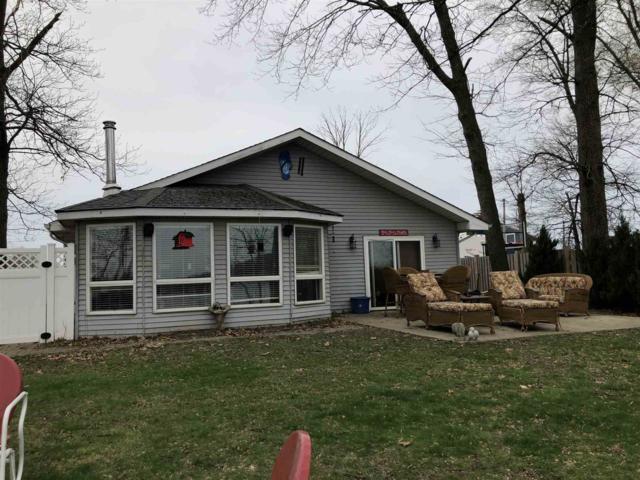 4141 E Jennings Loop, Monticello, IN 47960 (MLS #201914199) :: The Romanski Group - Keller Williams Realty