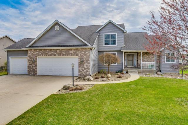 10062 Heather Brooke Drive, Osceola, IN 46561 (MLS #201914519) :: The ORR Home Selling Team