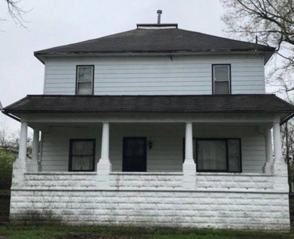 212 N Hartford, Eaton, IN 47338 (MLS #201914645) :: The ORR Home Selling Team