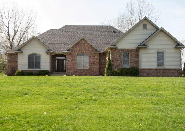6078 Sandwood Lane, Lafayette, IN 47909 (MLS #201914891) :: The Romanski Group - Keller Williams Realty