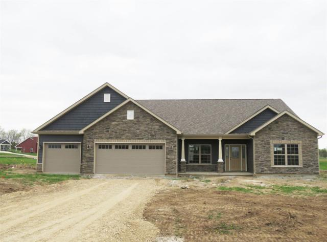 3275 N Charlais Circle, Delphi, IN 46923 (MLS #201915539) :: The Romanski Group - Keller Williams Realty