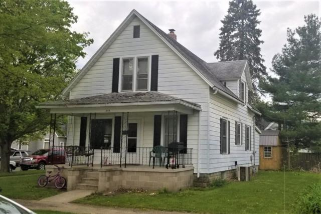 330 W 5th Street, Rochester, IN 46975 (MLS #201917771) :: The Romanski Group - Keller Williams Realty