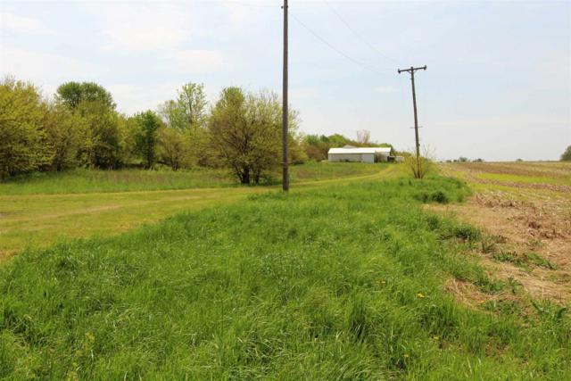 521 W State Road 26 Highway, Frankfort, IN 46041 (MLS #201918034) :: The Romanski Group - Keller Williams Realty