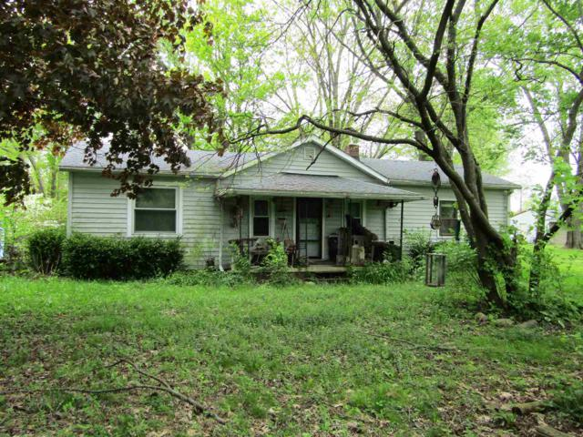 10521 Old State (13) Road, LaFontaine, IN 46940 (MLS #201919430) :: The Romanski Group - Keller Williams Realty