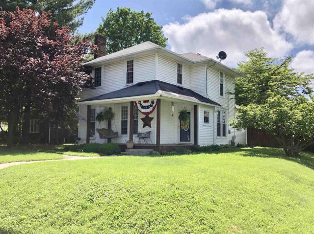 400 S Clay Street, Frankfort, IN 46041 (MLS #201919993) :: The Romanski Group - Keller Williams Realty