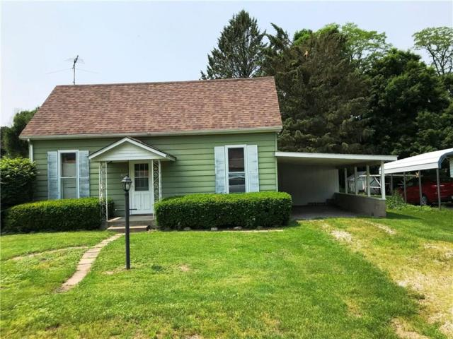208 S Cross Street, Hillsboro, IN 47949 (MLS #201922628) :: The Romanski Group - Keller Williams Realty