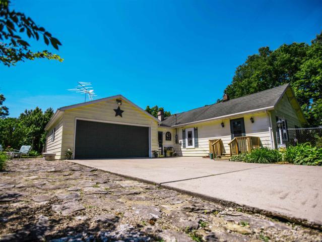 10001 Mathis Street, Selma, IN 47383 (MLS #201924456) :: The ORR Home Selling Team