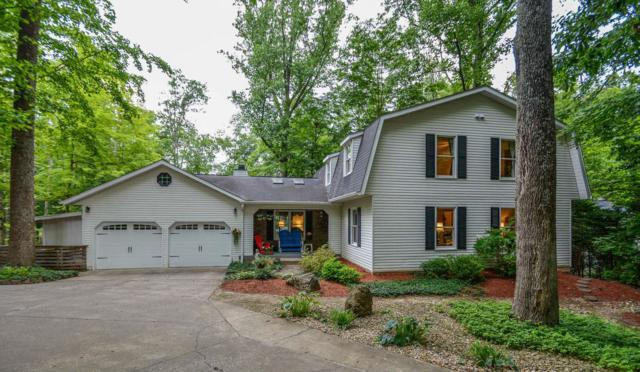 2503 E Poplar Drive, Bloomington, IN 47401 (MLS #201925018) :: Parker Team