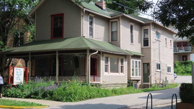 412 E 4th Street, Bloomington, IN 47408 (MLS #201925546) :: Parker Team