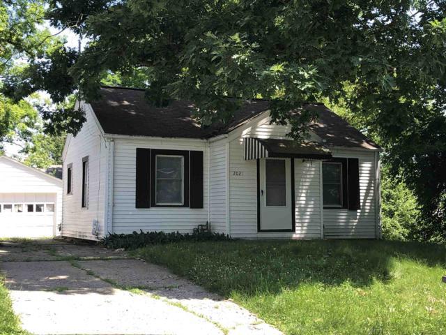 2021 Redwood Avenue, Fort Wayne, IN 46803 (MLS #201928192) :: Parker Team