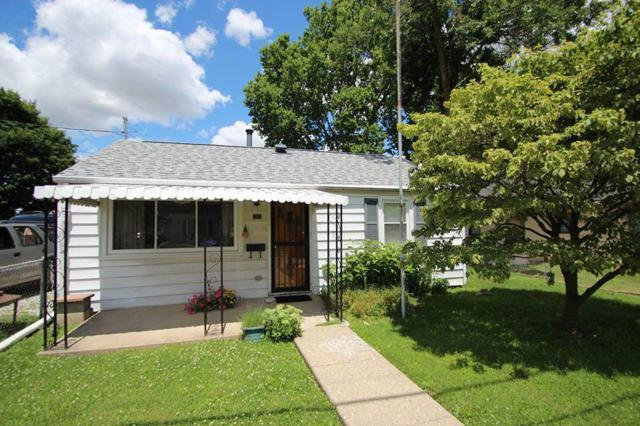 826 W Virginia Avenue, Kokomo, IN 46902 (MLS #201929781) :: The Romanski Group - Keller Williams Realty
