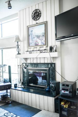 9301 S Pointe Lasalles Drive #1, Bloomington, IN 47401 (MLS #201930030) :: The ORR Home Selling Team