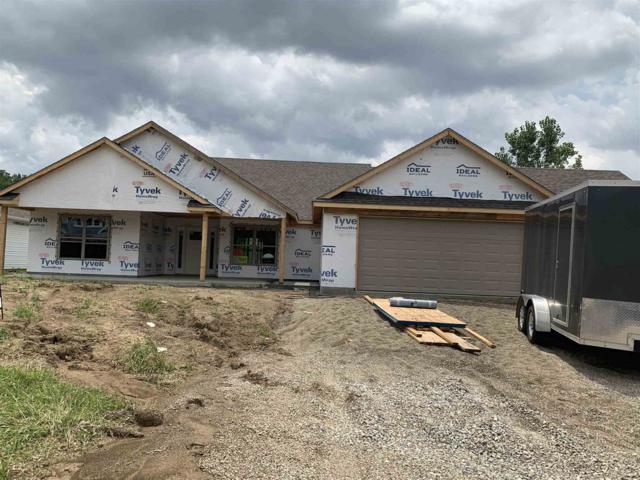 2909 W Claybridge Lane, Muncie, IN 47304 (MLS #201930640) :: The ORR Home Selling Team