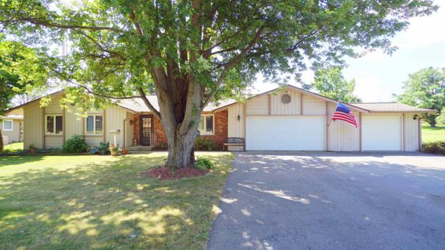 4538 E Fairway Court, Monticello, IN 47960 (MLS #201932827) :: The Romanski Group - Keller Williams Realty