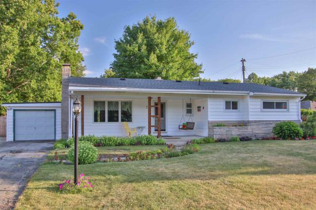 225 Condo Street, Monticello, IN 47960 (MLS #201932942) :: The Romanski Group - Keller Williams Realty