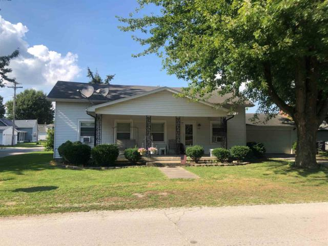 122 W Walnut Street, Sharpsville, IN 46068 (MLS #201933572) :: The Romanski Group - Keller Williams Realty