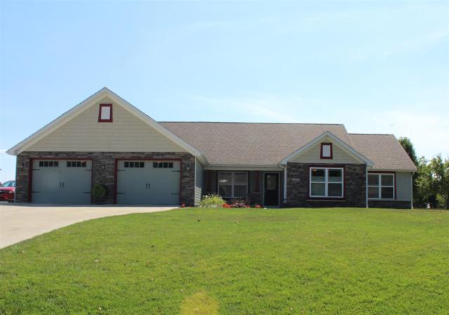 12068 W Clearwater Drive, Monticello, IN 47960 (MLS #201934734) :: The Romanski Group - Keller Williams Realty