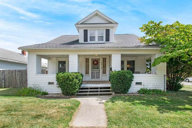 946 S 28th Street, South Bend, IN 46615 (MLS #201940380) :: Parker Team