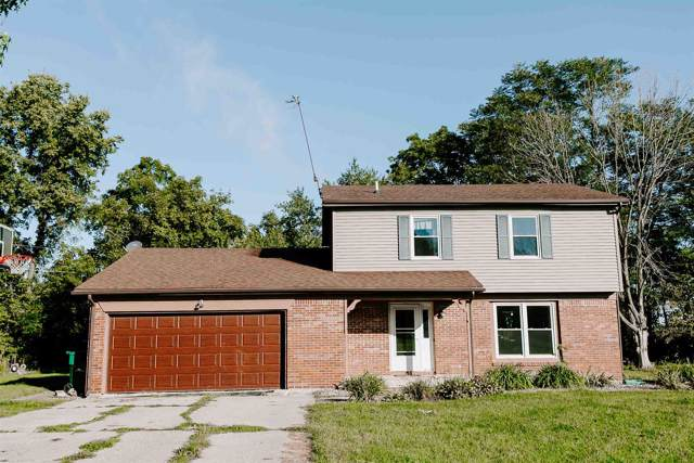 263 E High Circle Dr, Warsaw, IN 46580 (MLS #201940631) :: Parker Team