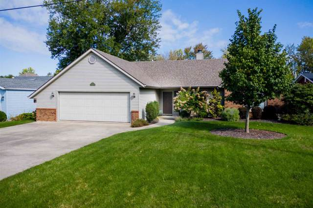 8158 E North Road, Syracuse, IN 46567 (MLS #201940647) :: Parker Team