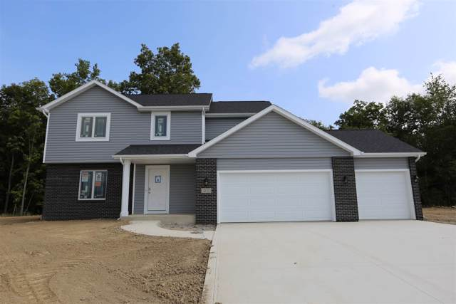 402 Fox Cross Court, Avilla, IN 46710 (MLS #201940897) :: TEAM Tamara