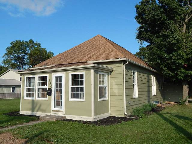 629 indiana Street, Bluffton, IN 46714 (MLS #201941110) :: The ORR Home Selling Team