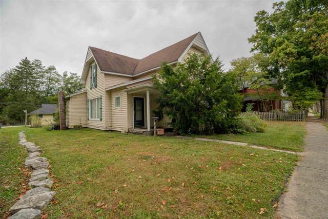 424 S Mill Street, Fairmount, IN 46928 (MLS #201944068) :: The Carole King Team
