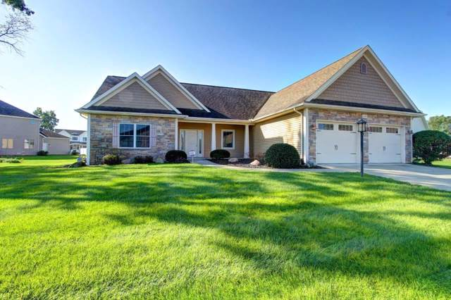 1409 Vistula Landing Drive, Osceola, IN 46561 (MLS #201944457) :: The Dauby Team