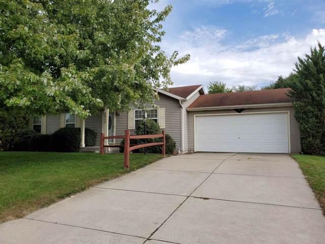 56750 Meadow Glen Drive, Elkhart, IN 46516 (MLS #201944931) :: Parker Team