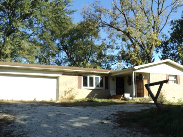2523 E Monroe Pike, Marion, IN 46953 (MLS #201945869) :: The Carole King Team