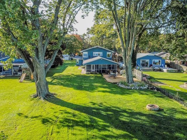 25845 Lake Drive, Elkhart, IN 46514 (MLS #201945883) :: Parker Team