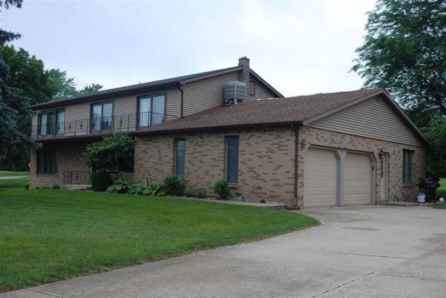10106 Pretty Lake Trail, Plymouth, IN 46563 (MLS #201946419) :: Parker Team