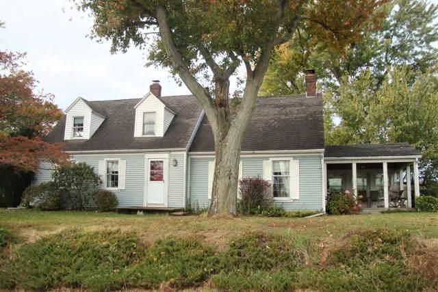 1049 Mt Pleasant Road, Loogootee, IN 47553 (MLS #201947616) :: The ORR Home Selling Team