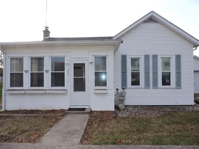 305 N Tucker Street, Mentone, IN 46539 (MLS #201948361) :: The ORR Home Selling Team