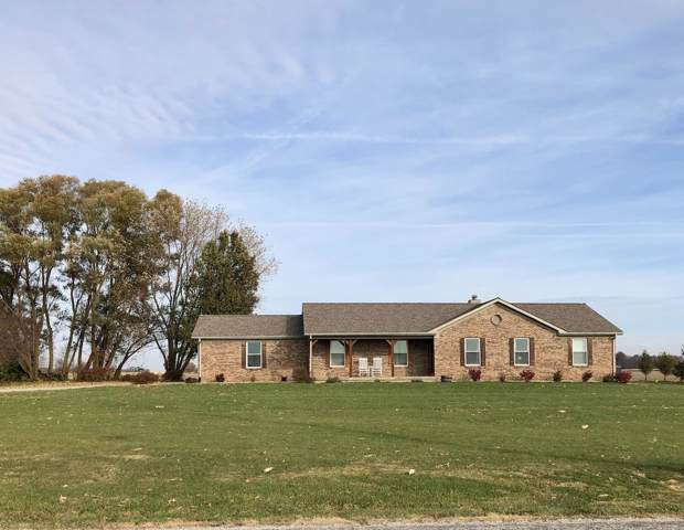 10660 W 500 South Road, Kempton, IN 46049 (MLS #201949707) :: The Romanski Group - Keller Williams Realty