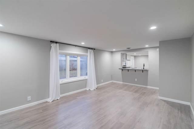 605 W 9th Street, Jonesboro, IN 46938 (MLS #201951353) :: The Romanski Group - Keller Williams Realty