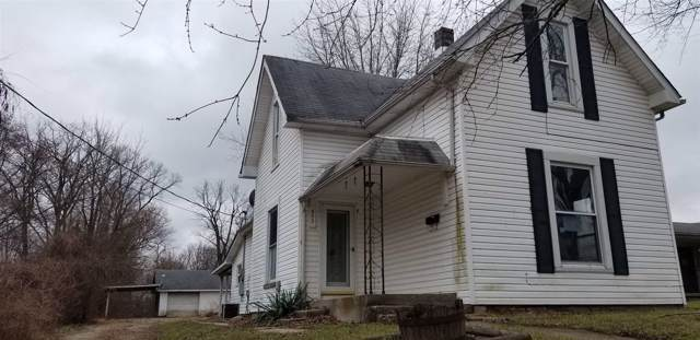 653 E Green Street, Frankfort, IN 46041 (MLS #201952379) :: The Romanski Group - Keller Williams Realty
