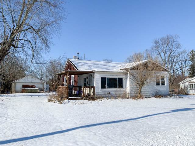 301 Center Street, Eaton, IN 47338 (MLS #201953691) :: The ORR Home Selling Team